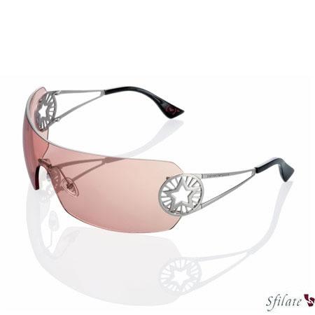 Nascono i nuovi occhiali Emporio Armani a sostegno di (RED)