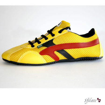 Le nuance brillanti scelte per le calzature Paran