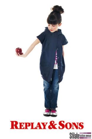 Immagini dal nuovo catalogo Replay per la moda bimbo A/I 09/10 - 01