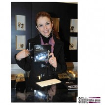 "Paola Saluzzi per Montblanc e UNICEF in ""Signature for good"""