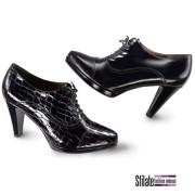 Nuove scarpe donna NeroGiardini negli shop monomarca di Milano