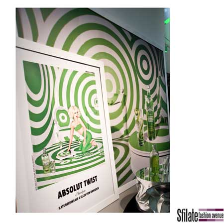 Absolut Drinks: la nuova campagna di Absolut firmata Ellen Von Unwerth