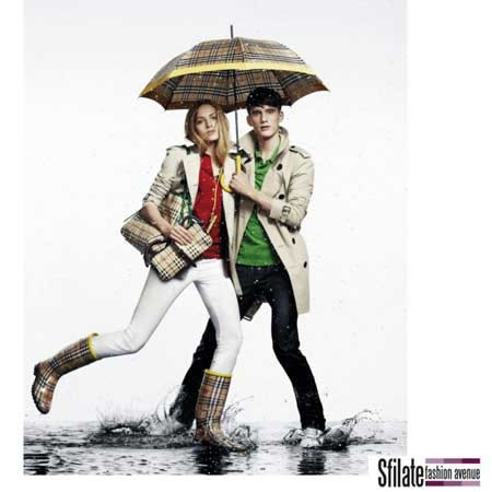 "Burberry capsule collection ""April Showers"" (""Pioggia d'Aprile"")."