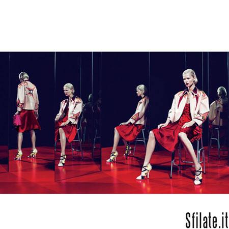 L'audizione, intesa come performance, al centro dell'adv di Miu Miu Donna Primavera/Estate 2011 - 3