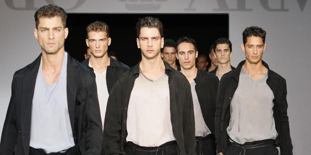 Emporio Armani - sfilata milano moda uomo - primavera estate 2012.