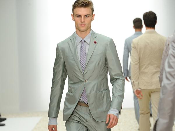 Tra sogno e passione per Ermenegildo Zegna - sfilata milano moda uomo - primavera estate 2012.
