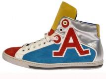 A-Style lancia una nuova collezione di scarpe, uomo e donna, per l'Autunno/Inverno 2011-2012.