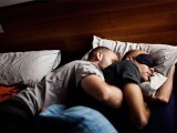 """""""Dolce Pace"""", una mostra della giovane fotografa spagnola di Fabrica Laia Abril che racconta la vita quotidiana delle coppie omosessuali residenti nella città veneta."""