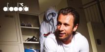 Foot Locker e Diadora si sono uniti per condividere la loro passione per le sneakers e celebrare il campione di calcio italiano Antonio Cassano.