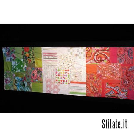 ETRO gioca con il patchwork con citazioni cachemire sfumate su tre zone cromatiche