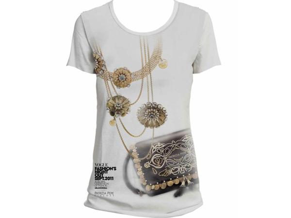 Patrizia Pepe metterà in vendita (appositamente per la serata) una t-shirt inedita