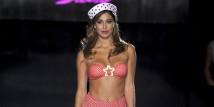 Belen Rodriguez sfila per Pin-Up Stars