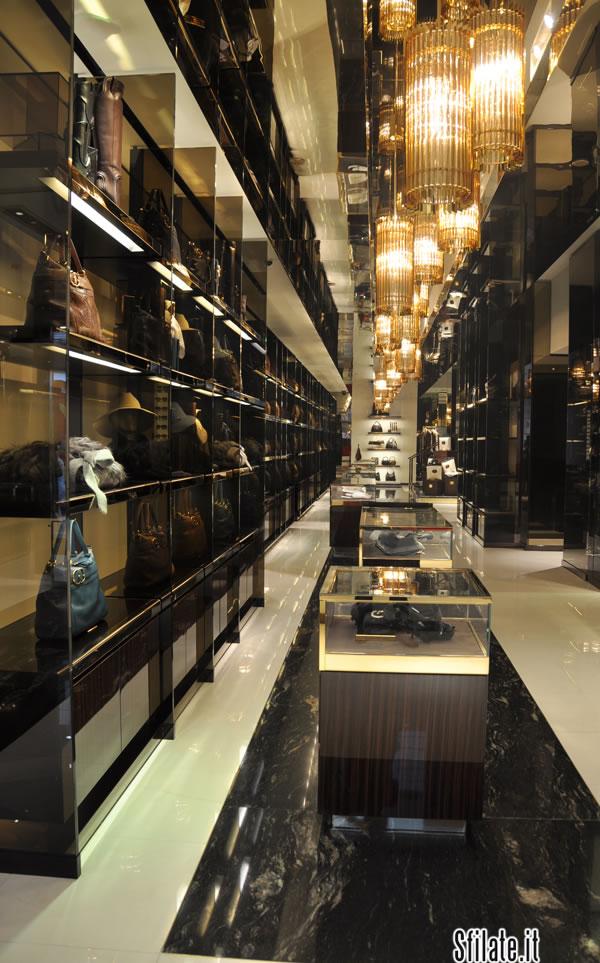 Riapre il negozio Gucci in Montenapoleone, ed è puro design di classe