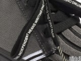 Le prime sneaker di Italia Independent e Vans