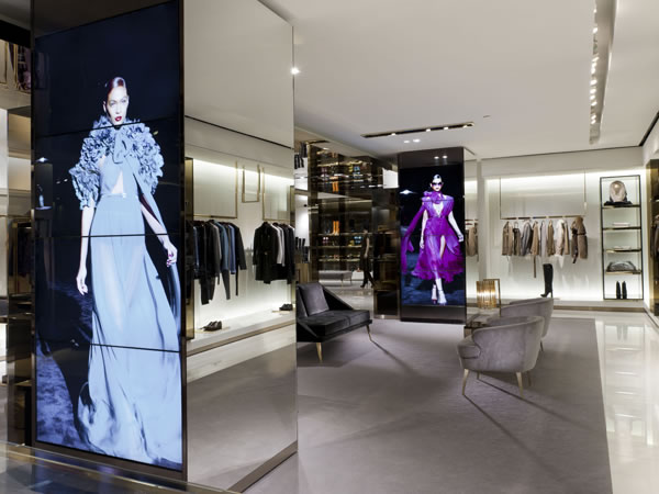 Gucci Immersive Retail Experience