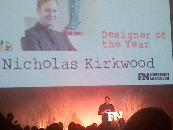 Nicholas Kirkwood, direttore creativo di Pollini, è stato premiato Footwear Designer of the Year 2011.