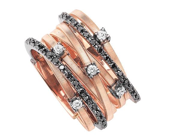 Anello Marco Bicego collezione Goa in oro rosa e diamanti bianchi e neri 2000 euro