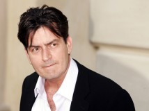 Charlie Sheen pasticcia con Twitter