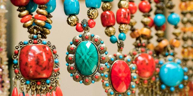 I bijoux vestono le tendenze del 2011/12