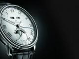 La collezione Villeret, che ha nel modello 8 giorni con fasi lunari il suo modello di punta, sara' interamente rappresentata.