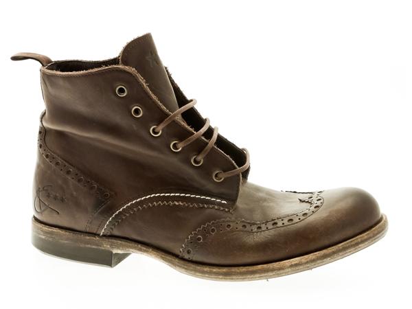 Stivali uomo : Energie ha reinterpretato per l'inverno i boot in chiave British.
