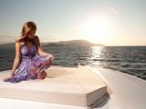 L'eleganza di Miss Bikini Luxe a bordo degli yacht di lusso di Fiart Mare