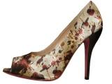 Una scarpa in raso griffata Rizieri per il centenario del Maestro P.J. Pollock