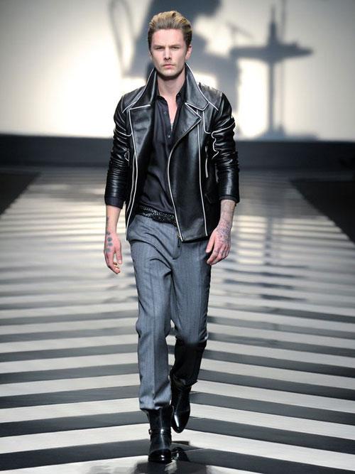 Roberto_Cavalli_Menswear_AW1213_00LR