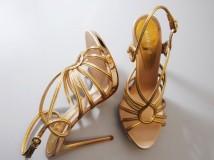 Baldinini: gold sandal per Miss Russia 2012