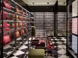 Prada ha aperto un nuovo negozio a Mosca