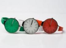 """L'orologio """"tricolore"""" di Hoops"""