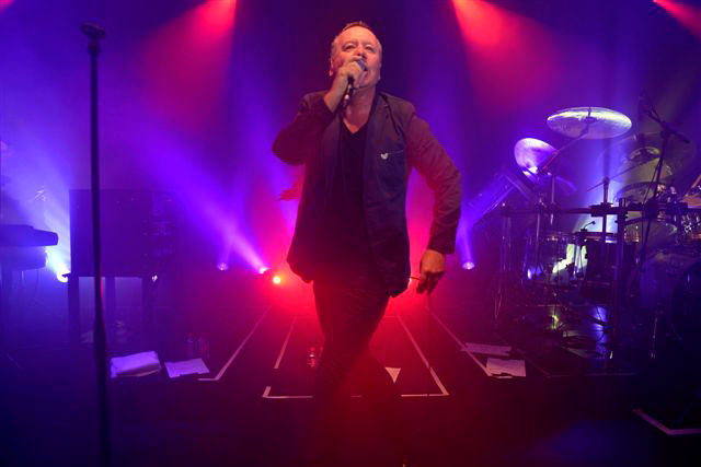 Replay-Party_Cannes-2012_Jim-Kerr_Replay063