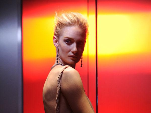 Eva Riccobono :la magia dei gioielli Swarovski viene raccontata in uno spot televisivo.