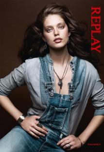 Replay - campagna pubblicitaria autunno inverno 2012/13