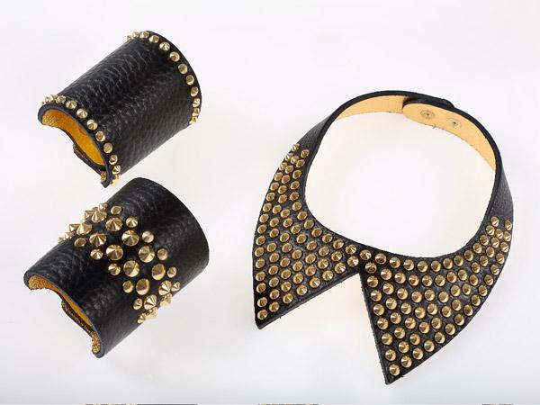 Adela Romero - accessori
