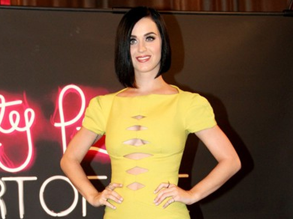 Katy Perry in Versus - 'Part of Me' Rio Photocall