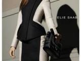 Le luci di New York fanno da cornice alla nuova campagna pubblicitaria di ELIE SAAB per il prossimo autunno inverno 2012/13.