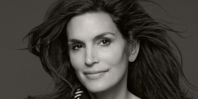 Cindy Crawford, top model americana ora diventa stilista