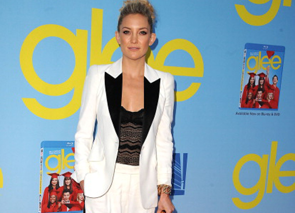"Kate Hudson indossa pochette Salvatore Ferragamo - ""Glee"" premiere - Los Angeles"