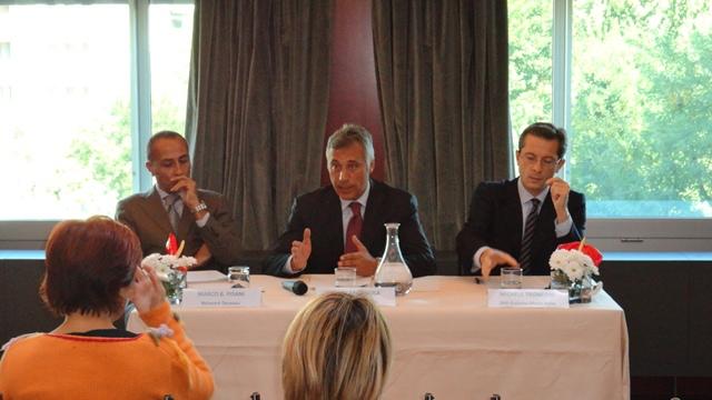 M. Pisani, G. Siola e M. Tronconi a Blue Fashion Beach