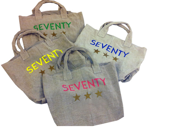 SEVENTY CREA UNA SHOPPING BAG PER LA VOGUE FASHION'S NIGHT OUT 2012