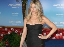 Jennifer Aniston si sposa