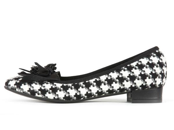 POPS: black&white shoes