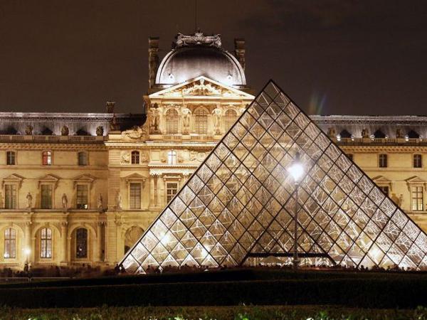 Il Louvre, tempio per eccellenza dell'arte