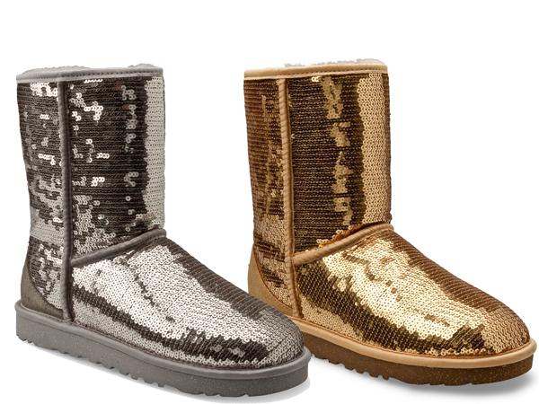 I boots di UGG in oro e argento totalmente rivestiti da pailettes!