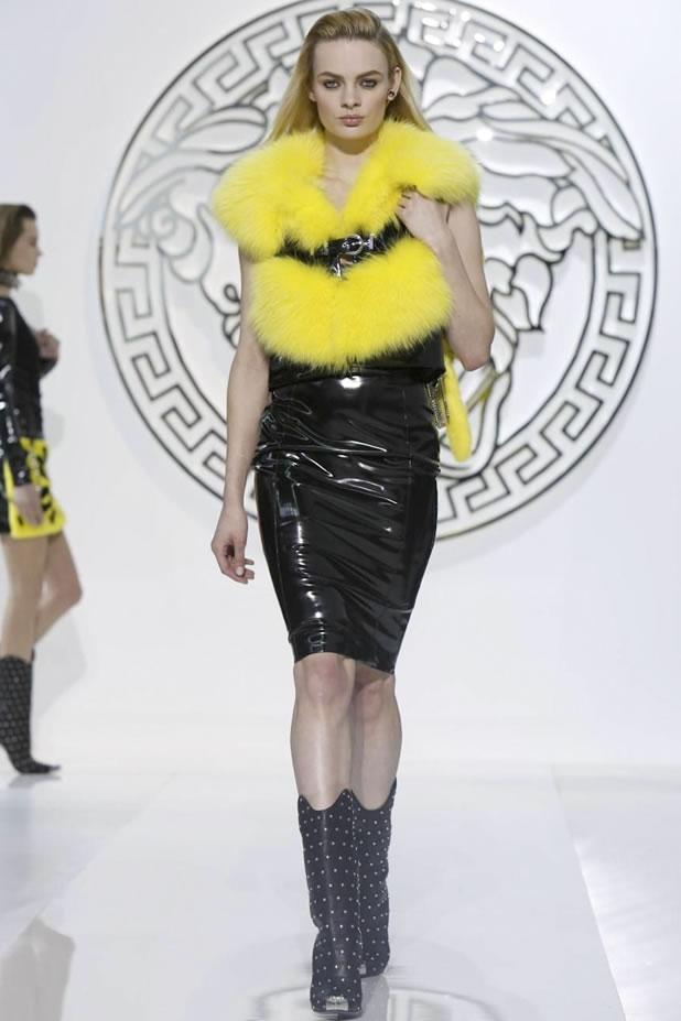 Versace FW13-14 Milan 09