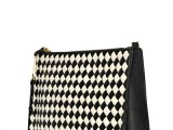 pochette moschino cheap and chic