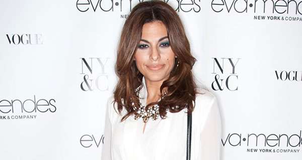 Eva Mendes collection presentation