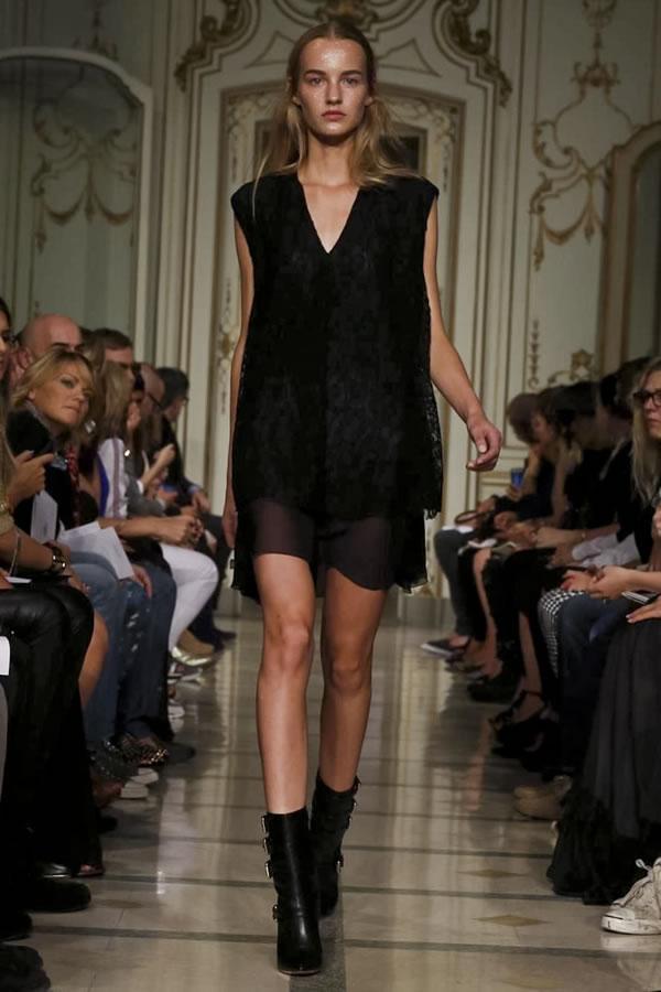 Francesco-Scognamiglio-donna-estate-2014-16