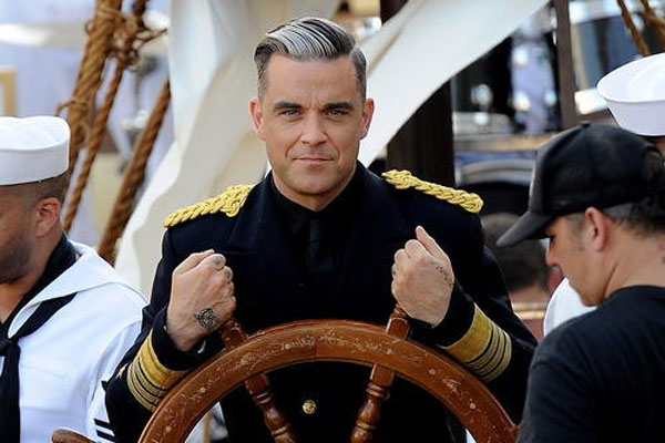 Robbie Williams video Go Gentle